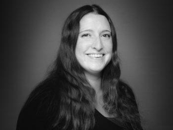 Valérie Basse - salle blanche - LDI, spécialiste du transfert aseptique